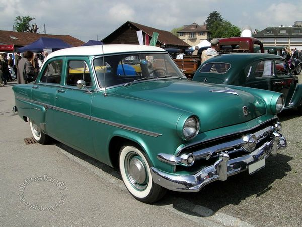 ford customline sedan 1954 3
