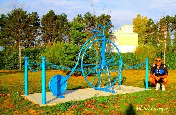 1321) le vélocipède