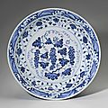 A rare blue and white 'grapes' dish, yongle period