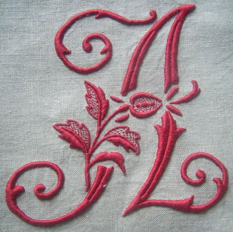 A à la rose, 15 cm de haut, coloris 498