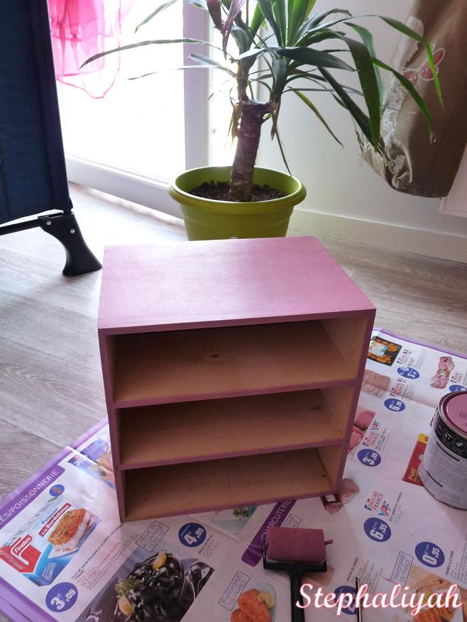 petit meuble en bois suite le monde imaginaire de stephaliyah. Black Bedroom Furniture Sets. Home Design Ideas