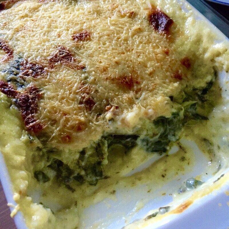 Gratin de blettes et feuilles d 39 oseille du jardin la - Comment cuisiner des feuilles de blettes ...