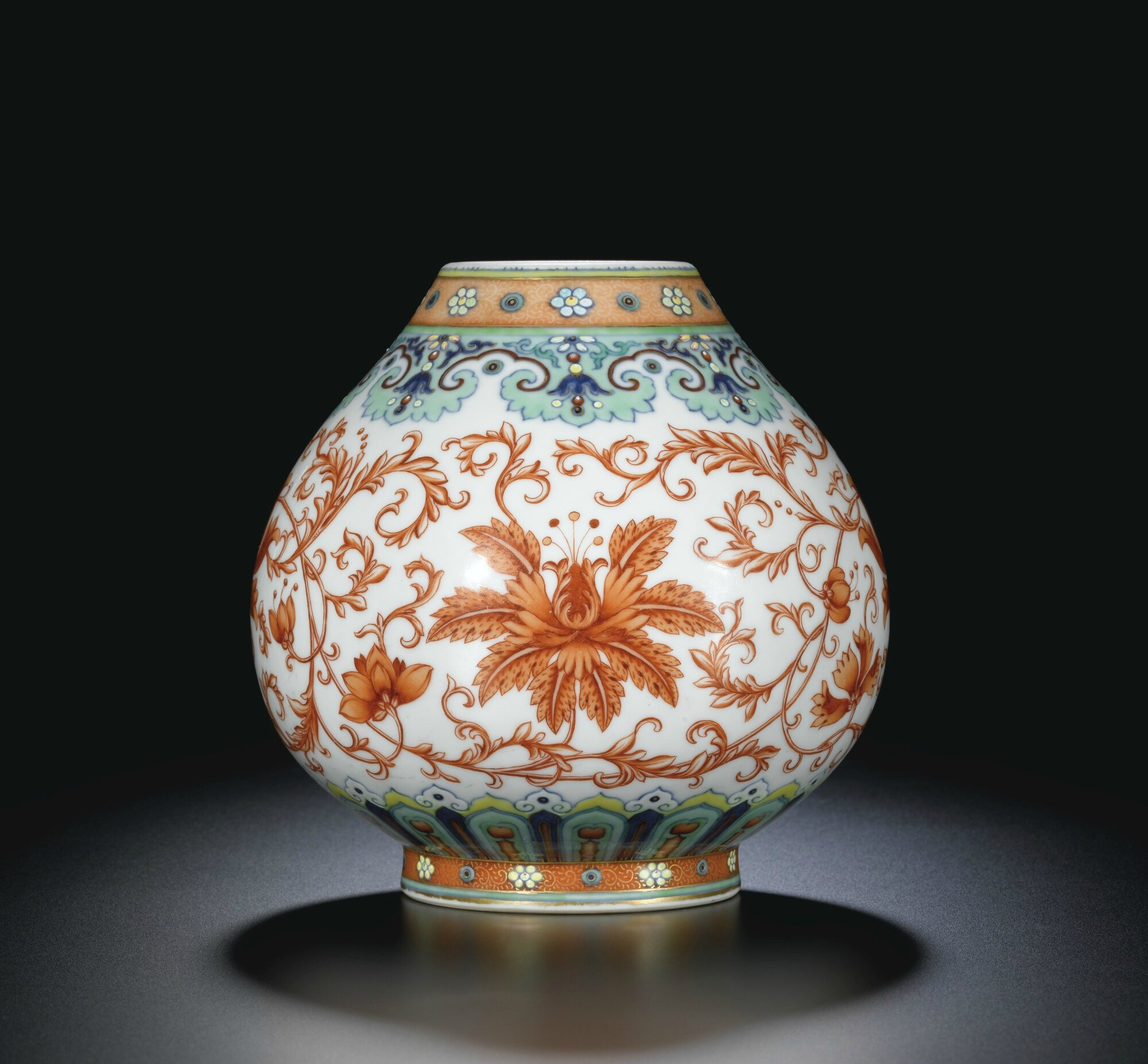 A rare doucai and iron-red floral vase seal, Mark and period of Qianlong