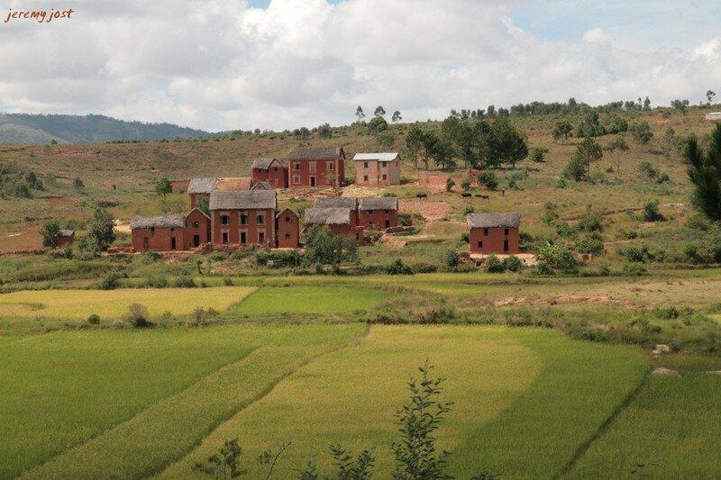 village malgache RN7