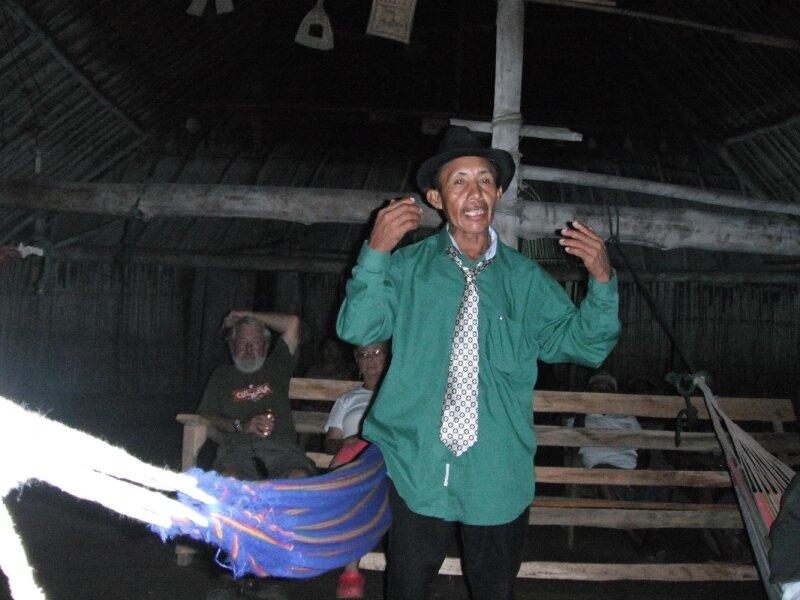 L'acceuil du Salaî, le chef du village.