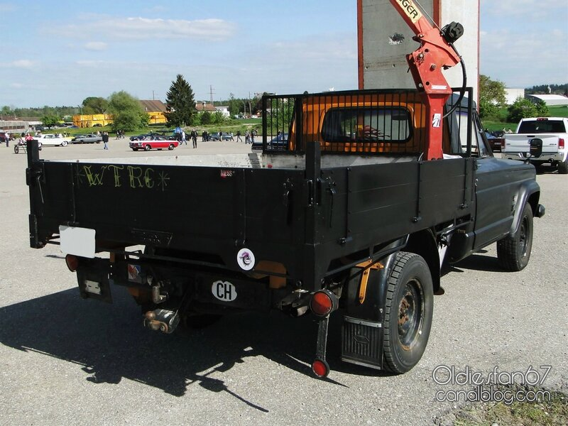 jeep-gladiator-j2000-flatbed-1963-1967-2