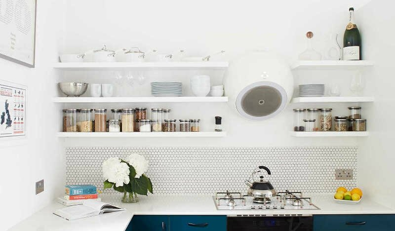 Cassidy_Hughes_Design_Kitchen_Elica_Bubble_Hexagon_Tile