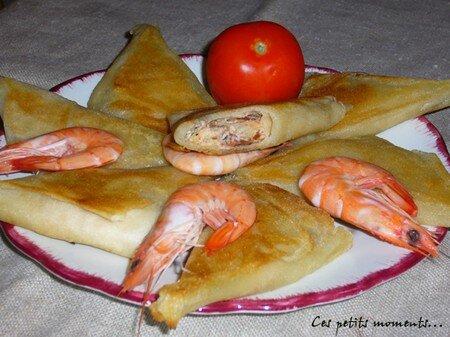 Briouats_aux_crevettes__boursin_et_tomates_s_ch_es