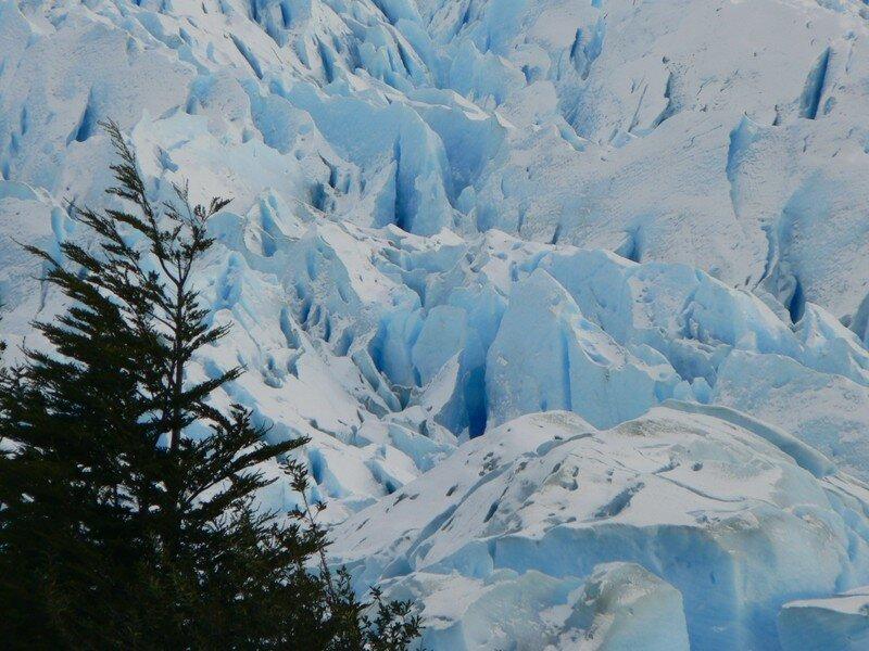 Vue sur les pics du glacier