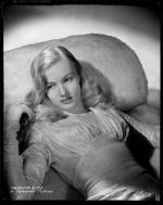 veronica_lake-by_eugene_robert_richee-the_glass_key