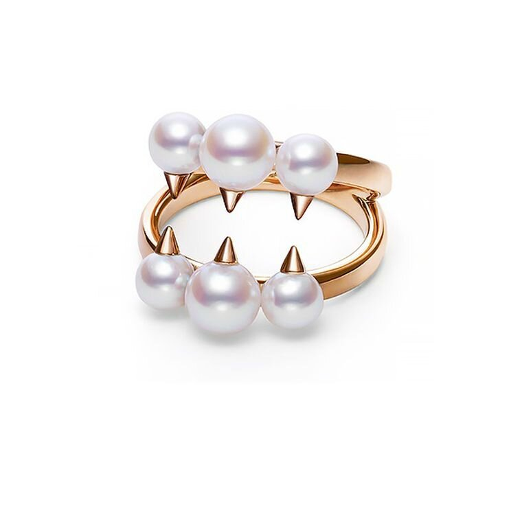 Contemporary pearl jewellery