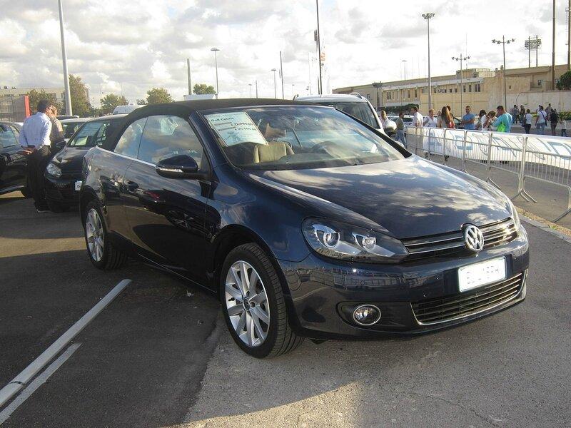 1280px-Volkswagen_Golf_Cabriolet_Fiera_del_Levante_2012