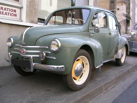 Renault_4CV_1954_01