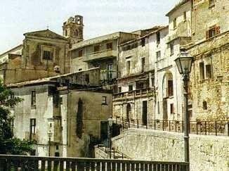 _Guardia___Scorcio_centro_storico