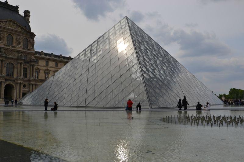 De la pyramide du louvre aux tuileries food coaching - Pyramide du louvre inauguration ...