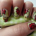 Nail art version serviette fleurie