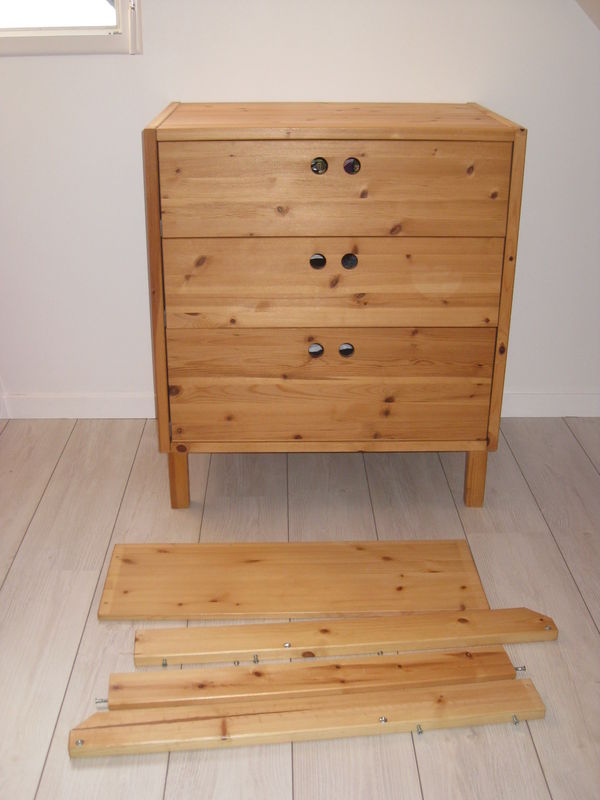 Beautiful langer ikea commode a langer ikea with commode for Commode pin ikea