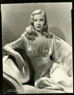 veronica_lake-by_eugene_robert_richee-3