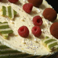 Entremets citron  passion aux framboises, biscuit joconde ray au matcha