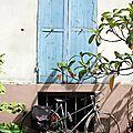 Vélo (Paris (rue Crémieux))_8842