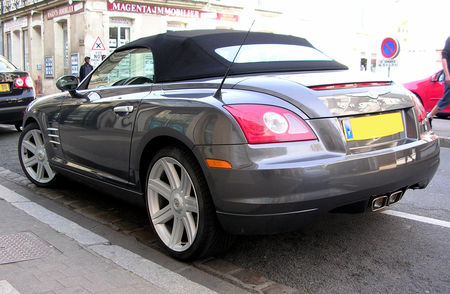 Chrysler_crossfire_cab_02