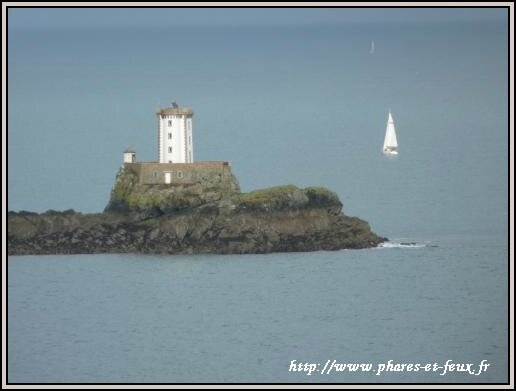 phare lost pic tour carree