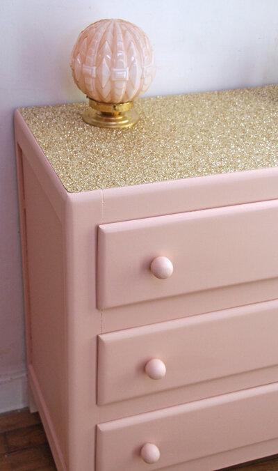commode-vintage-rose-glitter-poignees