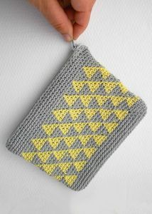 pochette-mini-triangles-3