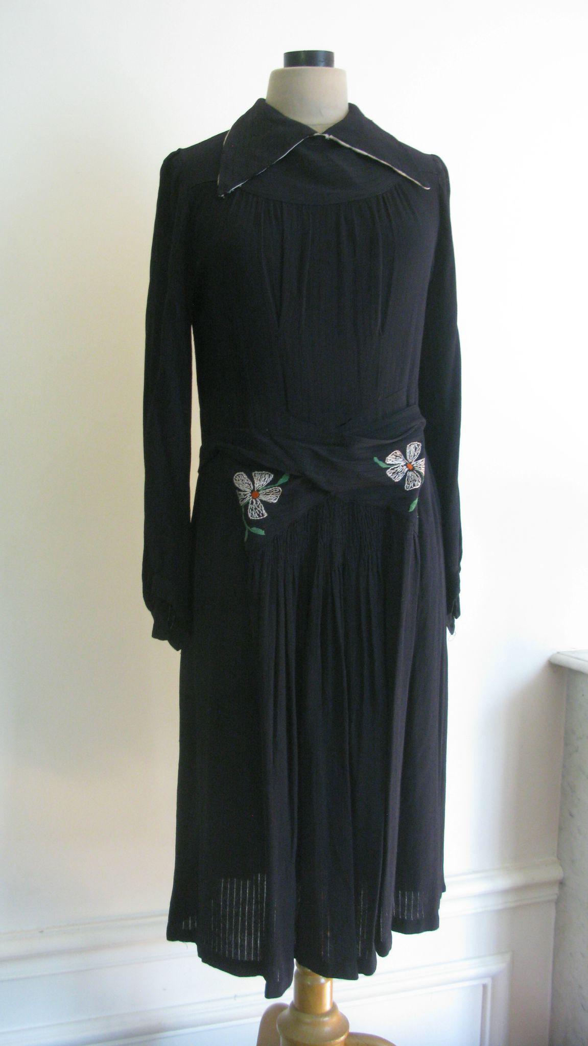 2204 vintage ann es 30 robe bleu marine en cr pe de soie t 38 les jolies robes - Robe des annees 30 ...
