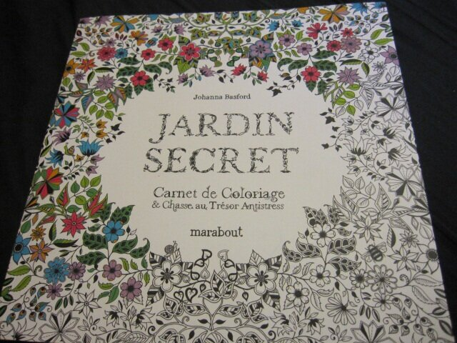 Jardin secret album photos les coloriages de sophie for O jardin secret suresnes