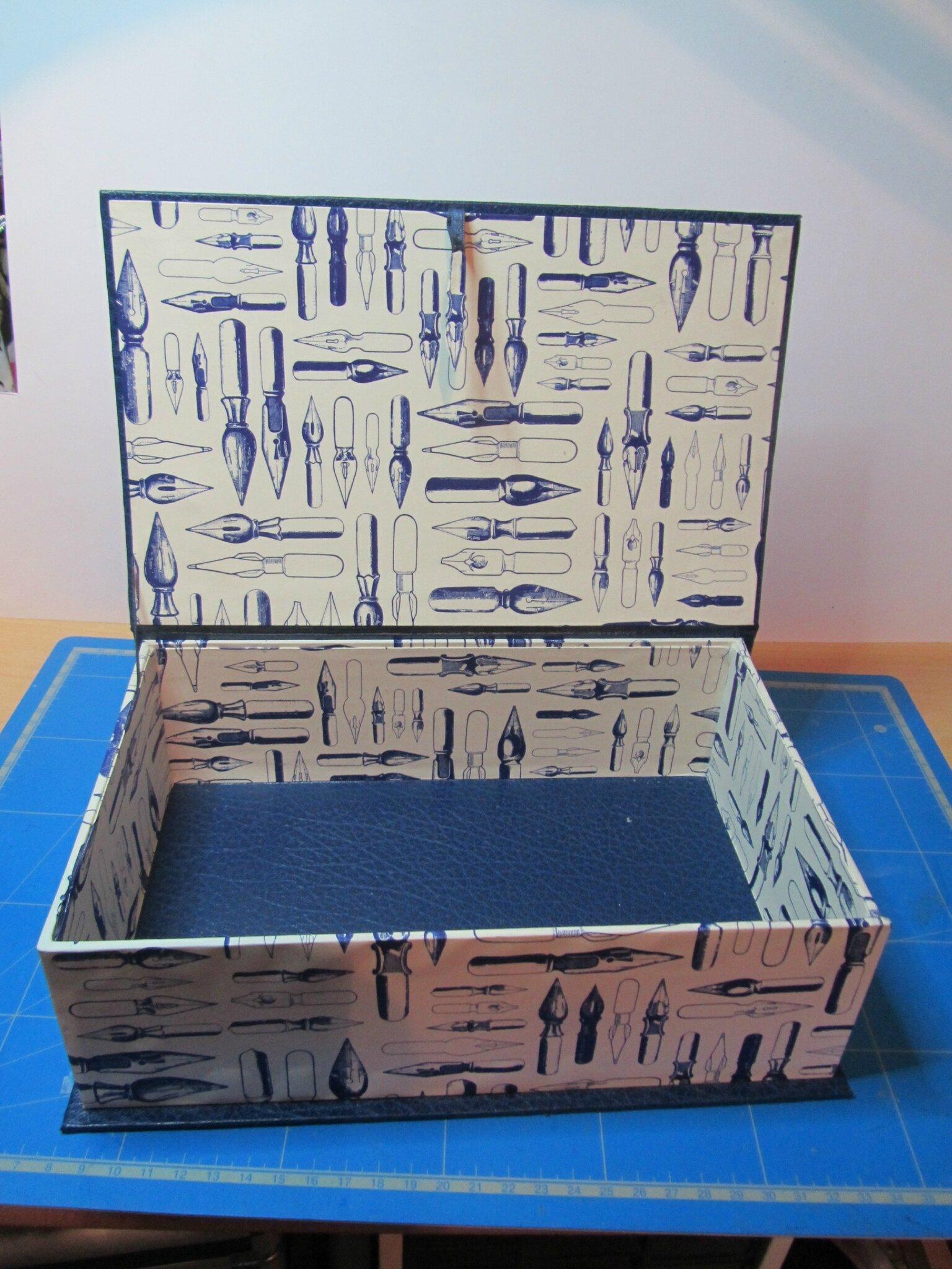 Cartonnage 1 002