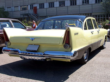 57_PLYMOUTH_Savoy_4door_Sedan__3_