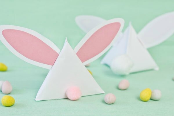 DIY-Easter-Bunny-Treat-Pouches3