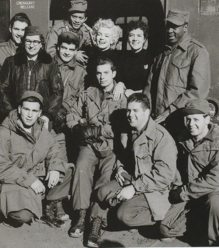 1954-02-18-korea-2nd_division-helico-with_jean_GIs-012-1