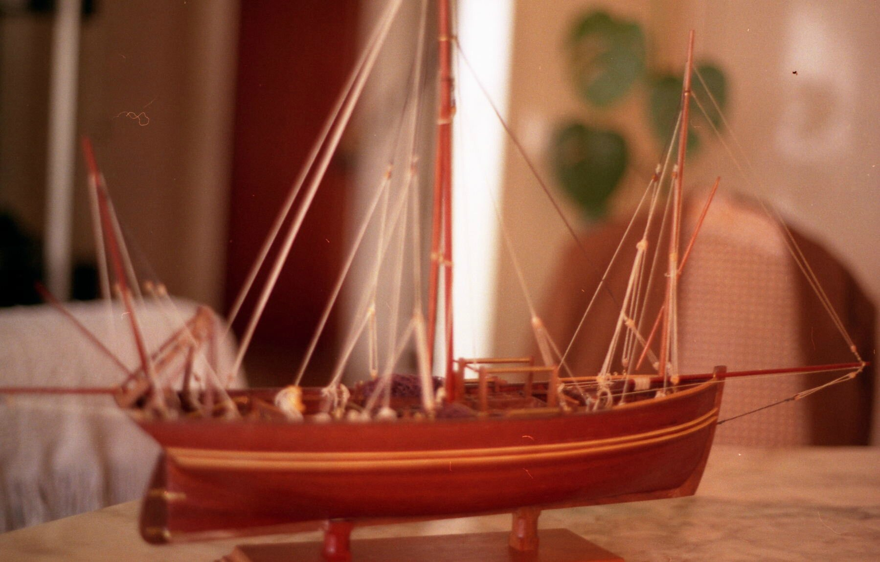 les maquettes de bateaux en bois blog notes de sylvain. Black Bedroom Furniture Sets. Home Design Ideas