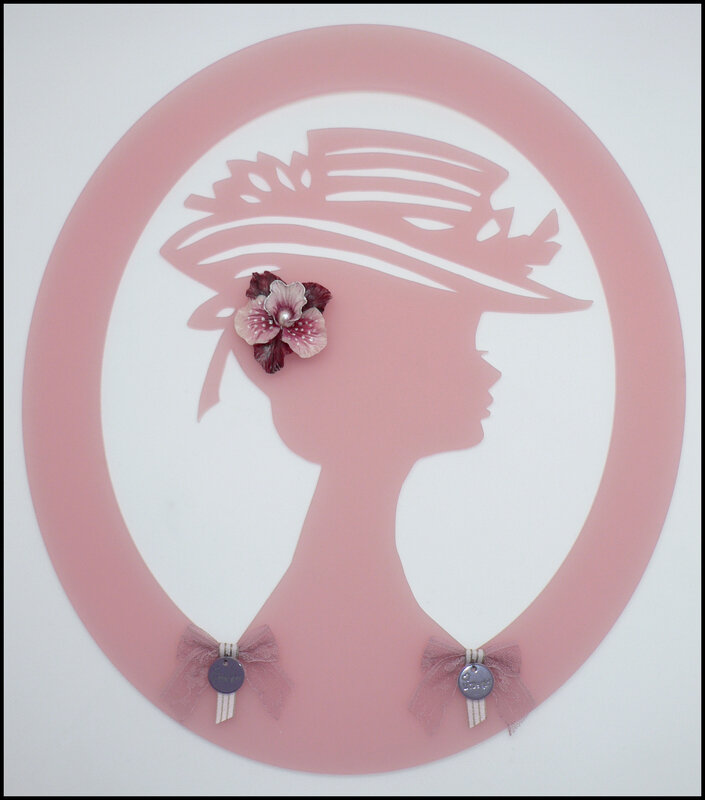 Camée chapeau suggestion embellissement 2