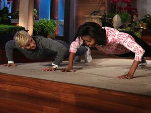 Michelle Obama and Ellen De Generes doing push ups