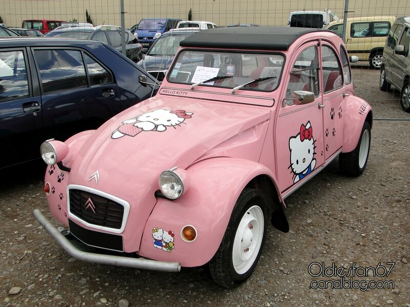 citroen-2cv4-hello-kitty-1979-01