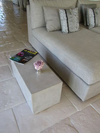 BETON CIRE TABLE BOUT DE CANAPE