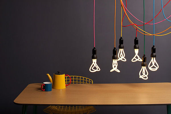 Plumen_Saving_Light_Bulb4_1_