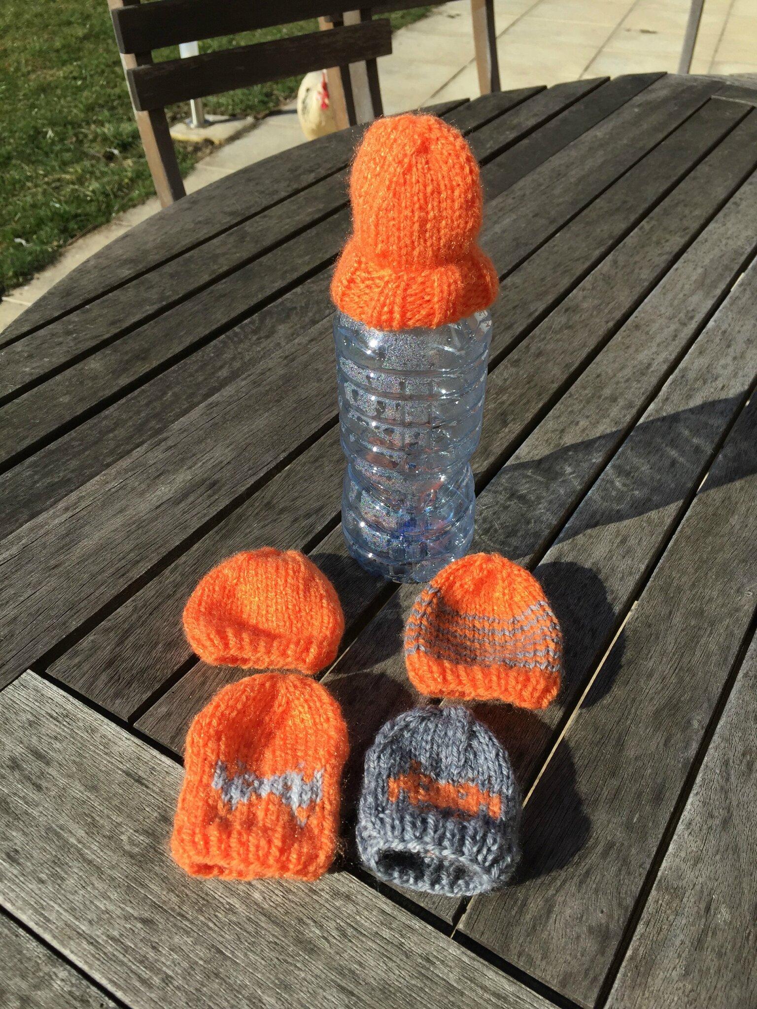Mini-bonnets pour bouteilles Innocent