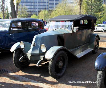 Renault_type_KZ_torpedo_de_1924__Retrorencard_avril_2011__01