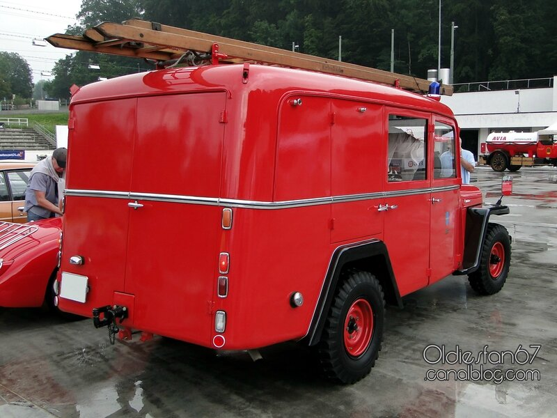 willys-jeep-van-firetruck-1957-02