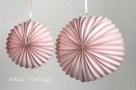 lampions-ronds-rose-vintage