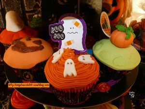 12 10 27 - cupcakes halloween - présentation (9)