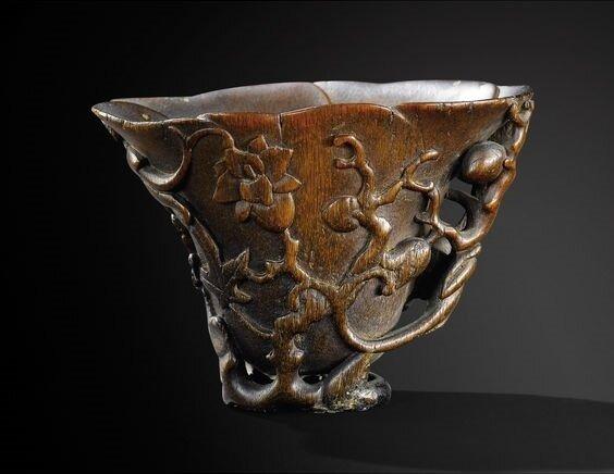Coupe libatoire en corne de rhinocéros, Chine, Dynastie Qing, XVIII-XIXe siècle