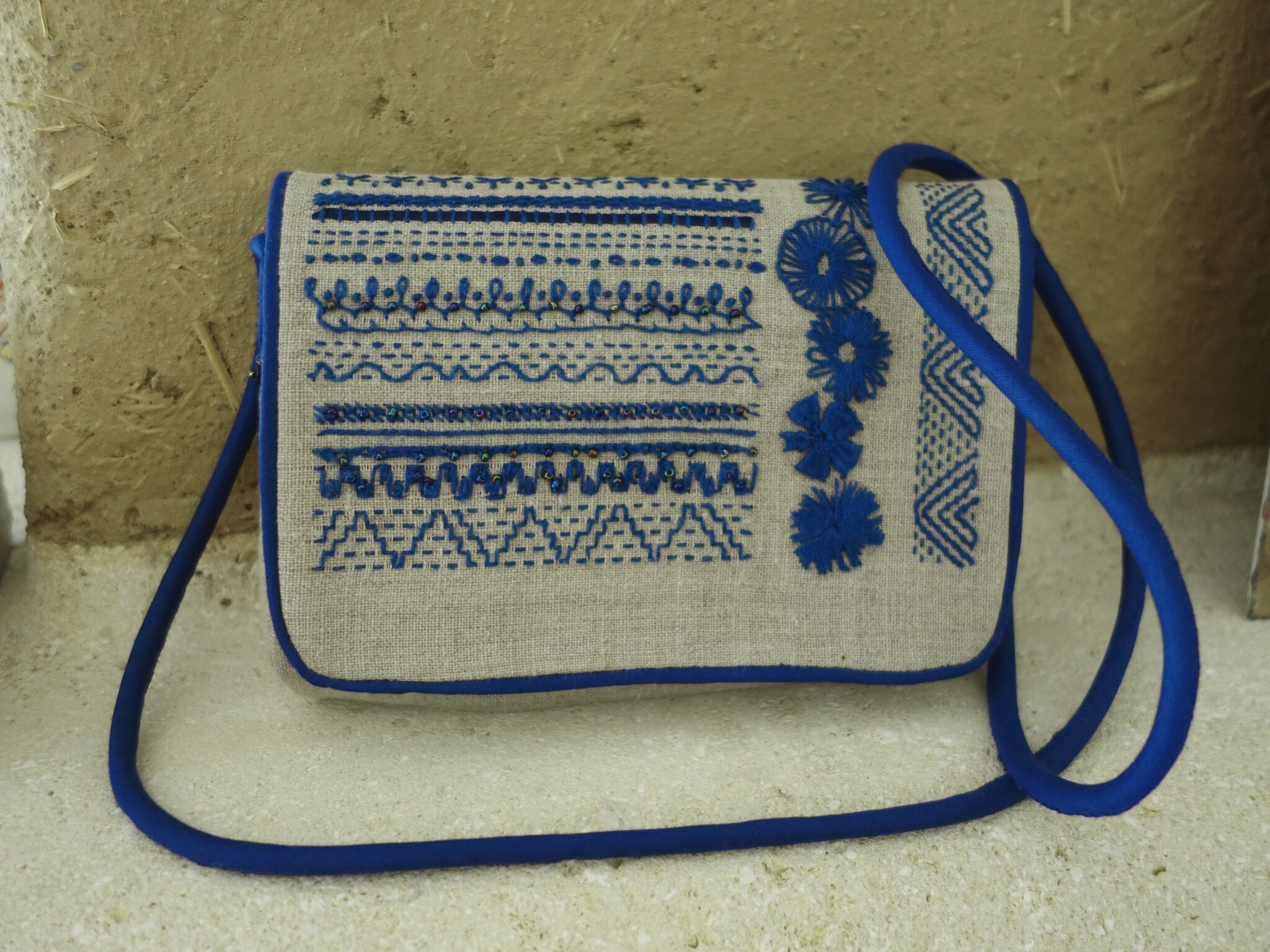 """sac en lin brodé main """"rêve en bleu"""""""