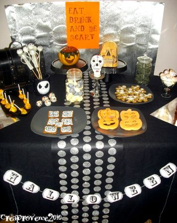 Table desssert d 39 halloween halloween sweet table - Deco fait maison pour halloween ...