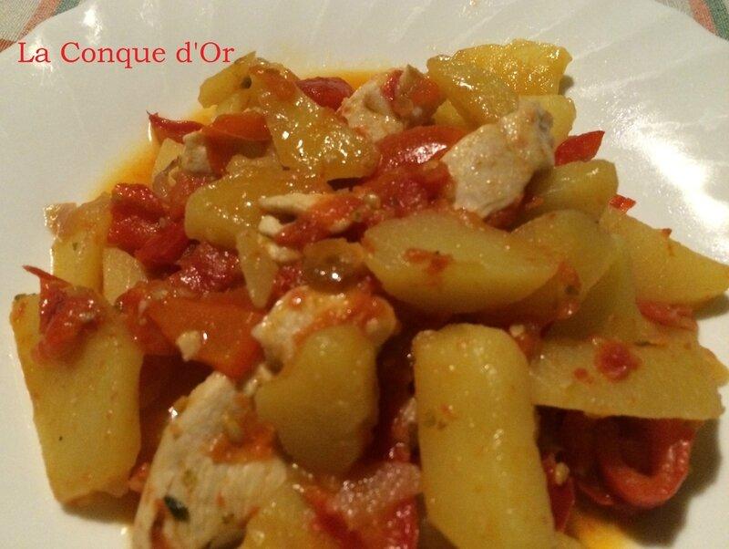 Blanc de poulet aux poivrons et pommes de terre les - Comment cuisiner les blancs de poulet ...