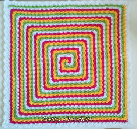 Couverture BB Giant Granny spirale berlingot